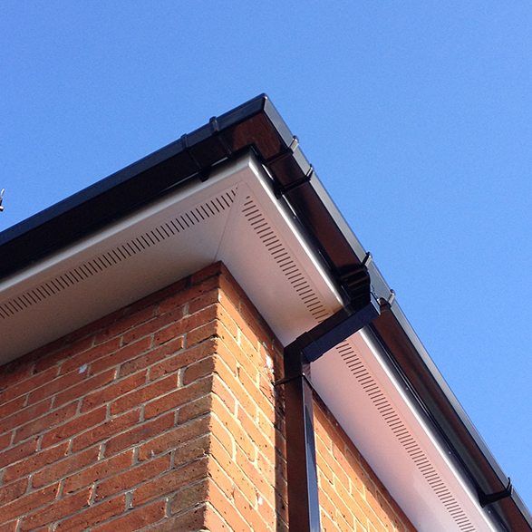 roofline-guttering-featured-wr